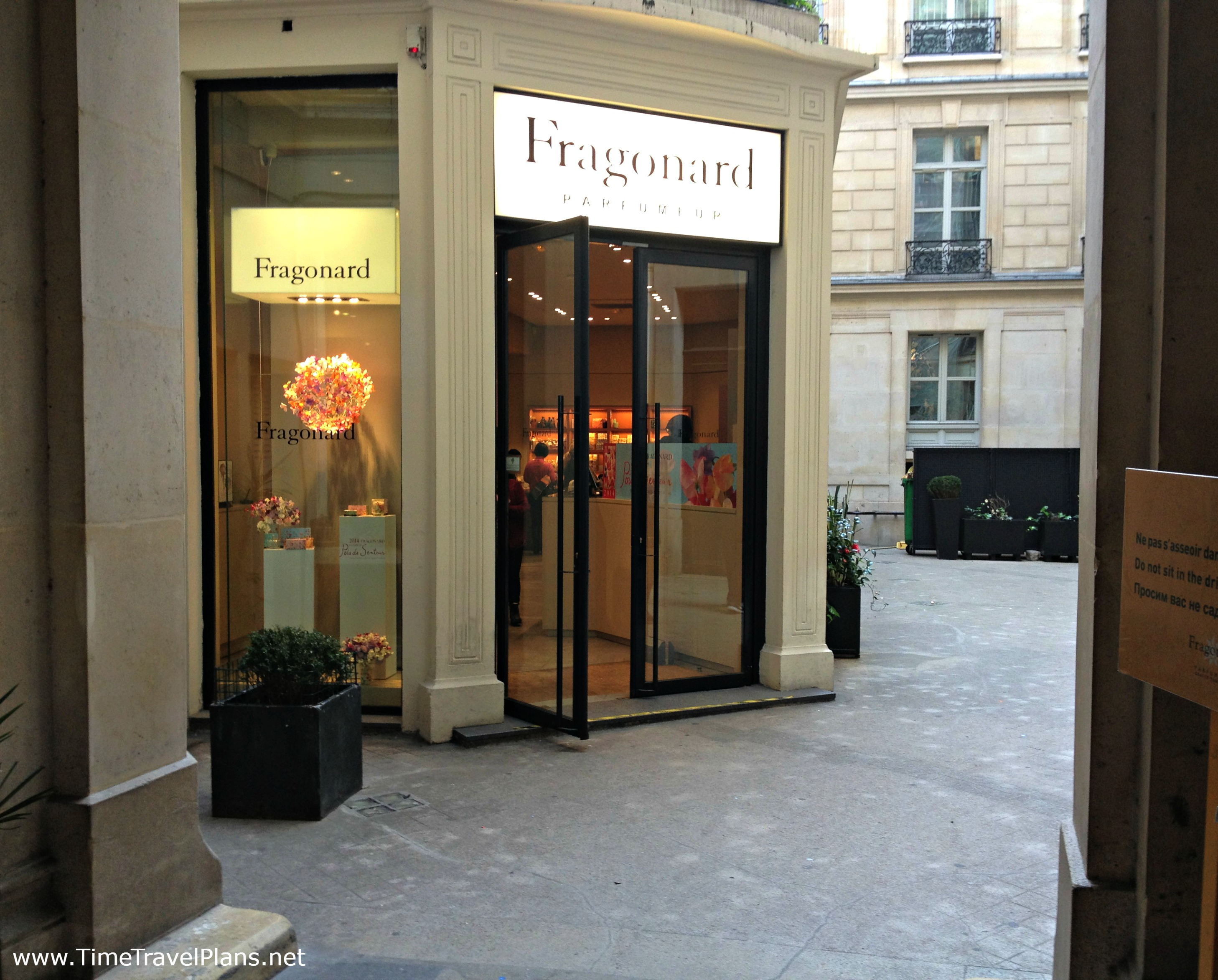 Smells Like Fragonard Thatgirlcarmel