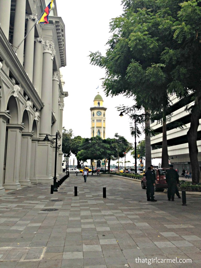 travel-to-ecuador-guayquil